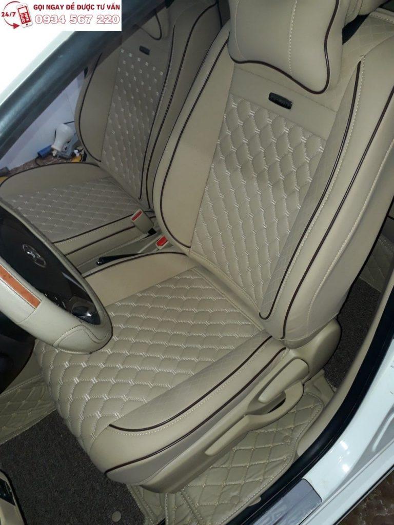 Lắp đặt tận nhà áo trùm ghế ô tô MMK màu kem sang chảnh cho xế  TOYOTA VIOS 2017 của anh Tân quận Gò Vấp.